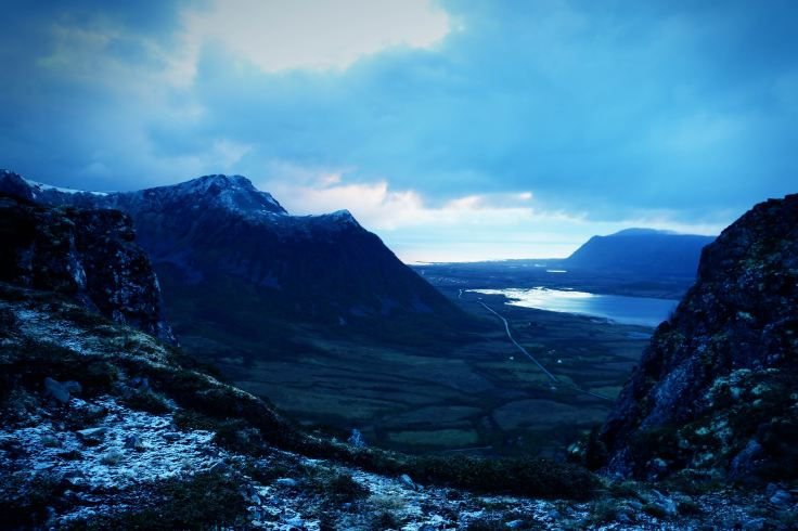 lofoten_mountain_norway_view_00000