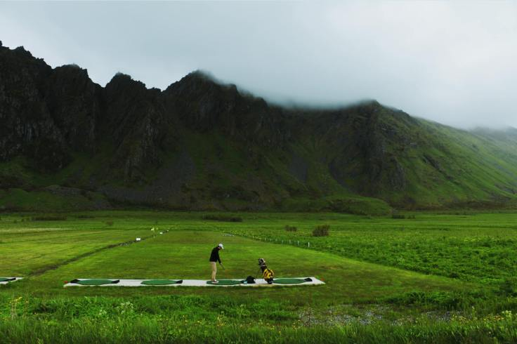 wild_golf_lofoten_norway
