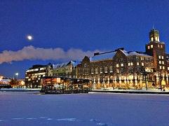 Das Restaurant auf dem gefrorenen See.