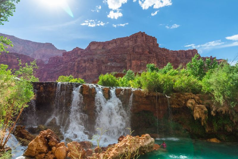 Lower Falls im Grand Canyon auf dem Trailhead der Havasu Falls